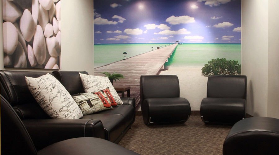 Chaska outpatient addiction treatment center - lounge