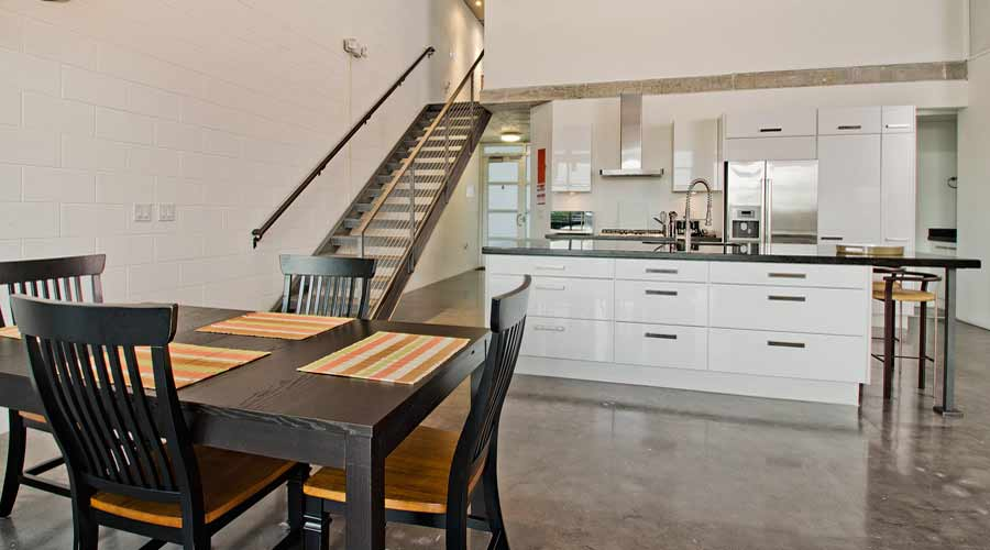 Naples Condo - Dining, Kitchen and Stairs